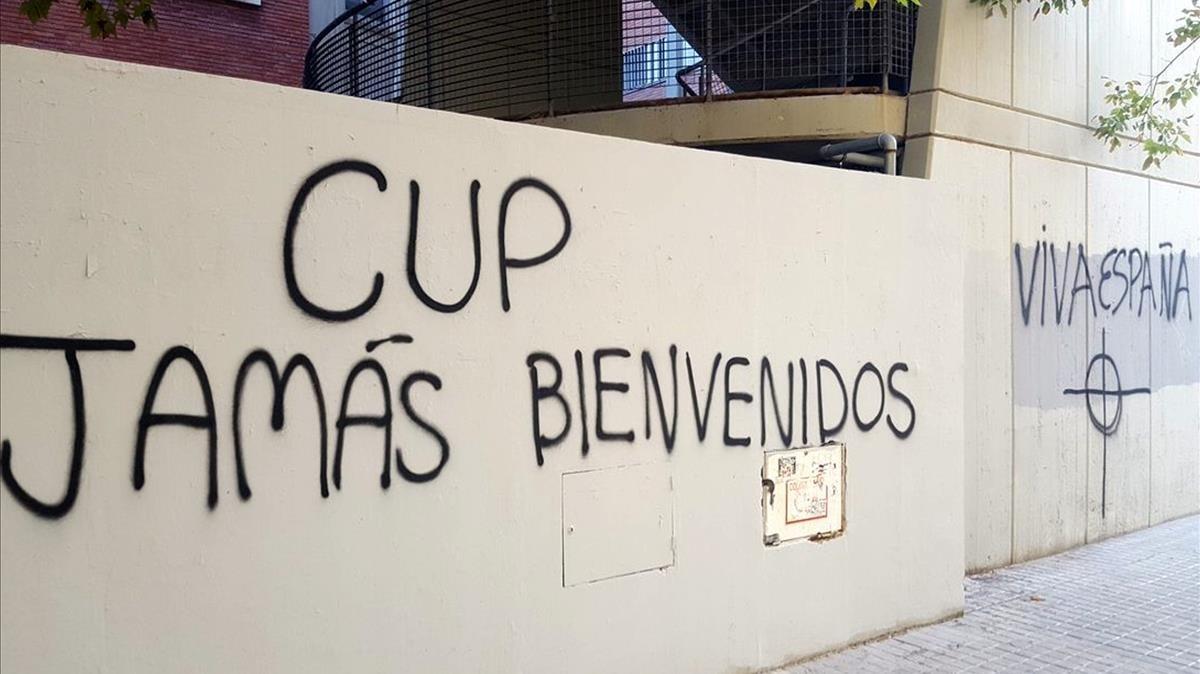Pintada contra la CUP en València.