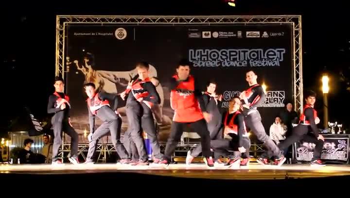 Actuaci�n del grupo Street Squad en la pasada edici�n del LH Street Dance Festival.