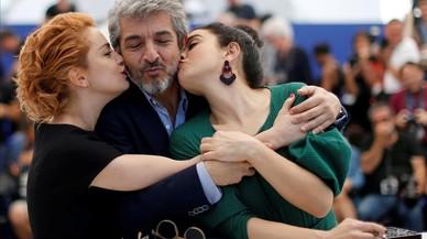 Alfombra roja para los actores, Ricardo Darin, Dolores Fonzi y Erica Rivas que presentan la película ' La cordillera' en el Festival de Cannes.