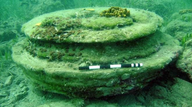 Estructura circular creada por microorganismos marinos junto a la isla griega de Zante o Zakynthos.