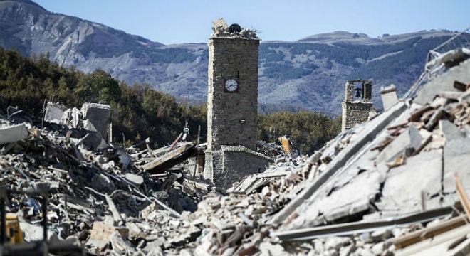 destruccion-tras-terremoto-del-centro-italia-1477832687585