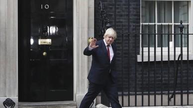 La designació de Johnson com a ministre d'Exteriors britànic genera gran controvèrsia a Europa