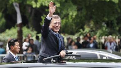 Corea del Sur elige a un presidente moderado tras 10 años de gobiernos conservadores
