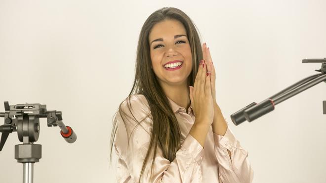 Marina interpreta en acústico 'Que venga el aire'.