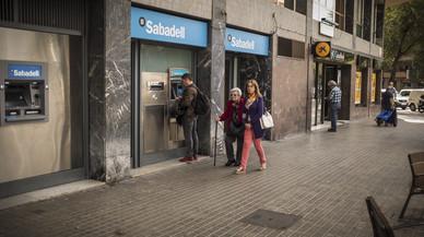 Al menos 531 empresas han trasladado su sede de Catalunya a otras zonas de España en octubre