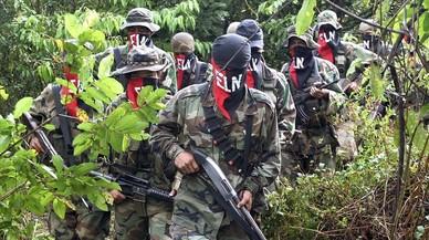 Entra en vigor la treva armada entre el Govern i la guerrilla de l'ELN a Colòmbia