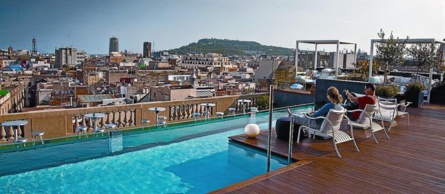 La ruta de les terrasses d 39 hotel estrena panor miques for Hotel jardi barcelona