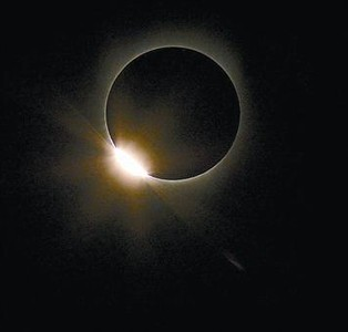 Eclipse de sol, como los que ve uno de los personajes de 'Nostalgia'.