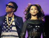 Beyonc� y Jay Z, en el concierto que ofrecieron el viernes en Par�s.