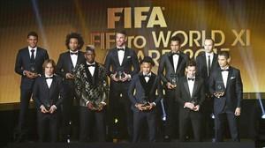 Los integrantes del 11 ideal del 2015, según la FIFA.