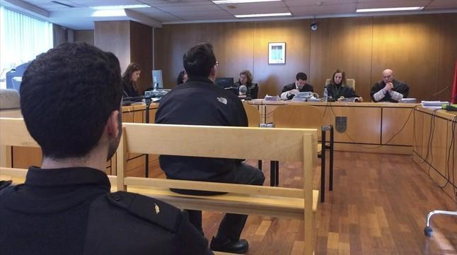 Juicio al monitor de ciclismo de Valdemoro en la Audiencia de Madrid, el pasado 12 de enero.