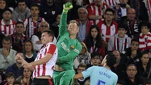 rpaniagua40725782 barcelona s german goalkeeper marc andre ter stegen c vies171028233943