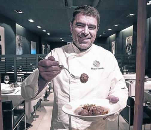 Marc Roca, en su restaurante Blau BCN, en la calle de Londres, 89.