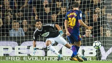 Un terrenal Barça guanya el Betis