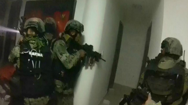 Aquest és el vídeo de l'assalt dels 'marines' a l'amagatall del 'Chapo'