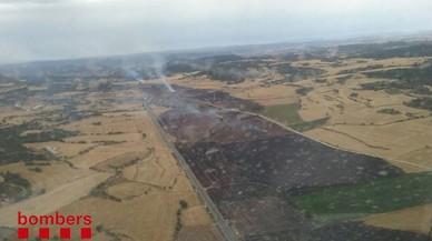 Mor una nena en un xoc frontal entre dos turismes a la Noguera, a prop d'un incendi agrícola