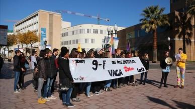 Un miler d'estudiants de Secundària es manifesta a Barcelona contra la LOMCE