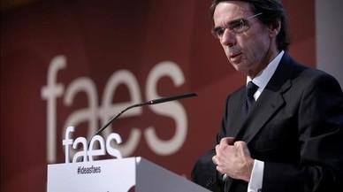 """Aznar: """"Si fuese indispensable, debe aplicarse el artículo 155 de la Constitución"""""""