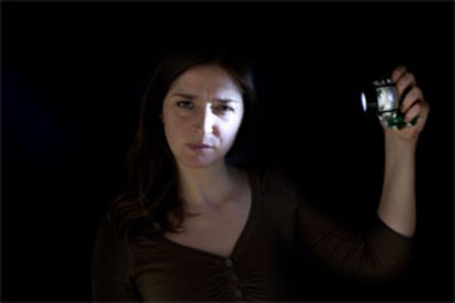 La exposición intensa a las luces 'led' más habituales provoca daños oculares