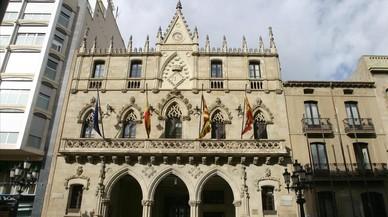 El secretari de l'Ajuntament de Terrassa demana que no es faci cap gestió de cara al referèndum unilateral
