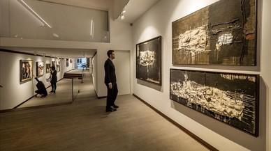 La galería Mayoral explora la relación de Millares con Barcelona