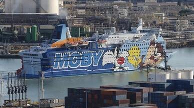 Los barcos para alojar a policías amplían su estancia en Barcelona hasta el 11 de octubre