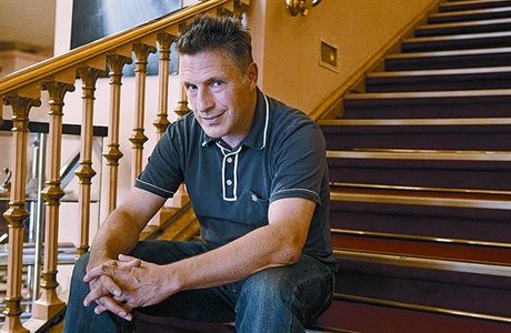 El dramaturgo Patrick Marber, en el Teatre Romea de Barcelona.