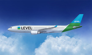 Un avión de Level.