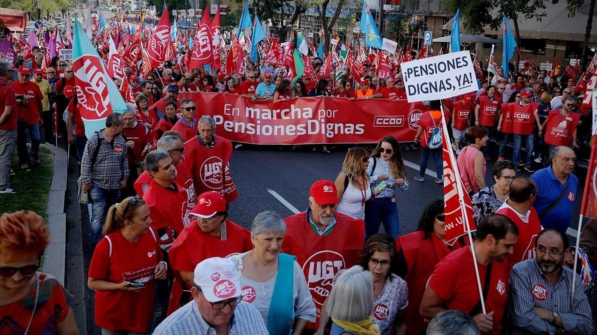 Manifestaciión por las pensiones dignas en el centro de Madrid