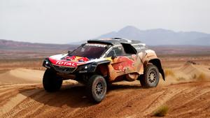 Octava etapa del Dakar. Sainz fue quinto y ya era líder.