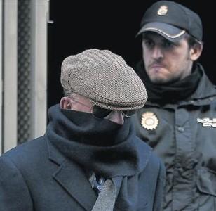 Dos nuevas querellas por torturas contra 'Billy el Niño' durante el franquismo