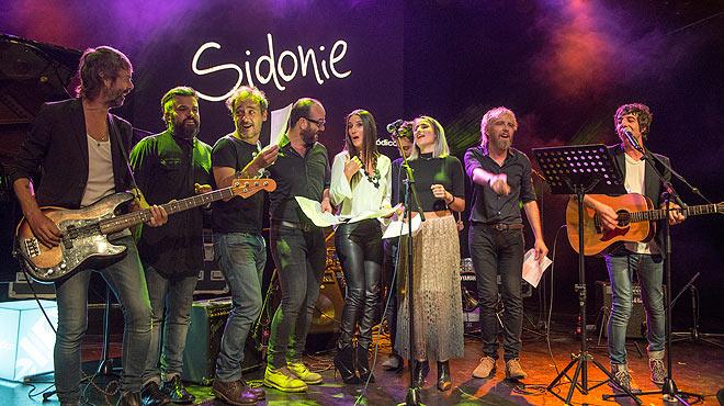 Concert Som Música Directa. Sidonie canta 'No sé dibujar un perro'
