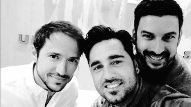 David Bustamante ha compartido una imagen en su cuenta de Instagram junto aManuel Martos,hijo deRaphaely músico, yArmand Martín,representante.