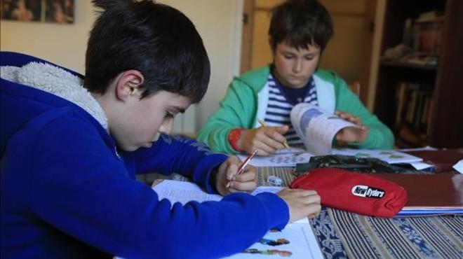 L'oposició planteja regular els deures dels alumnes de Primària