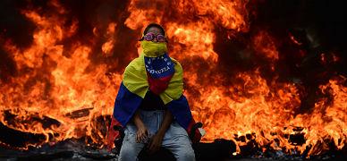 Un manifestante, durante una protesta en Caracas.