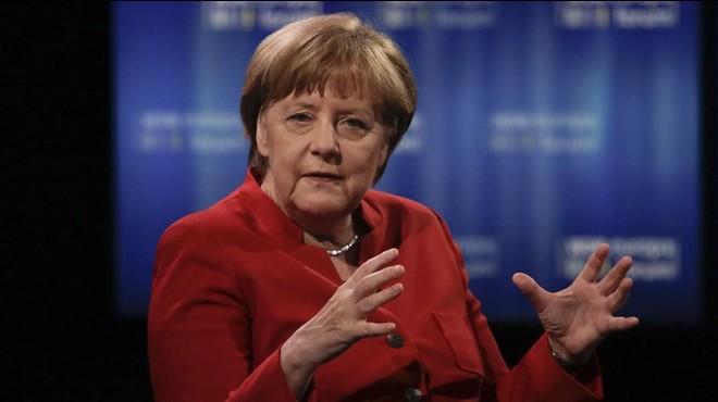 Trobat un cap de porc amb injúries a Merkel en la seva circumscripció electoral