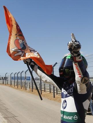 Espargar� le gana la batalla a M�rquez en Motorland