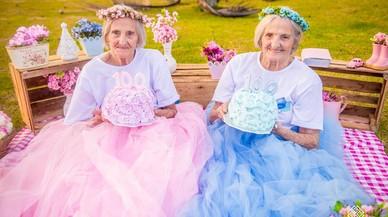 Vaya par de gemelas... centenarias