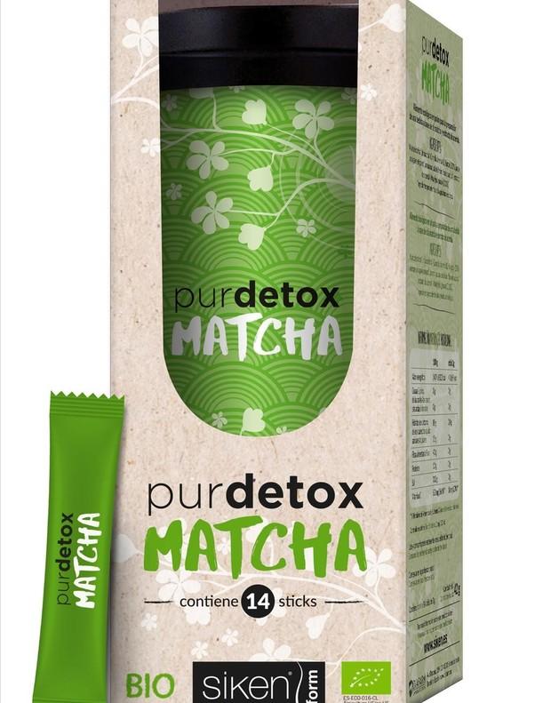 Una bebida 'detox' a base de té matcha y acerola