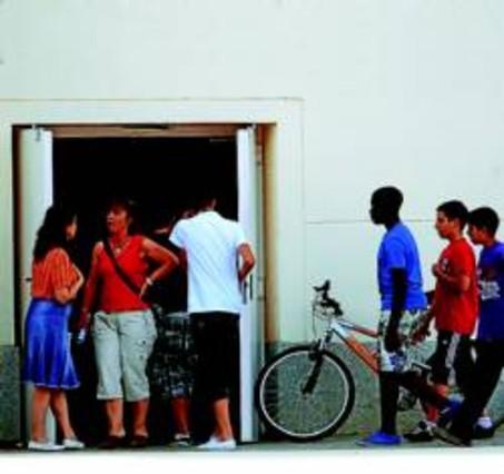 Cerrados un instituto y un colegio de madrid por otro for Gimnasio leganes