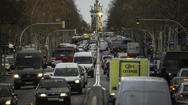 La impotència de Barcelona enfront del cotxe