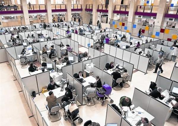 El reloj de hacienda for Oficinas de agencia tributaria en barcelona