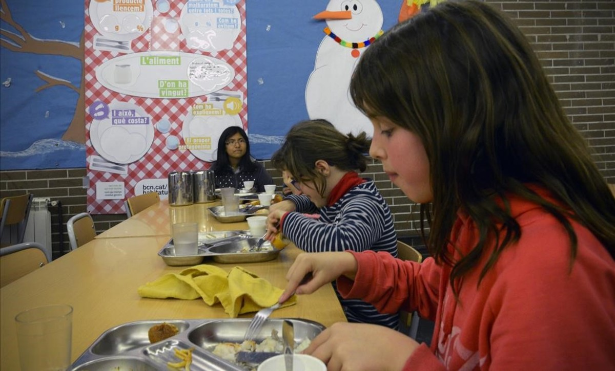 Los nuevos criterios de becas comedor hacen aflorar for Becas comedor barcelona