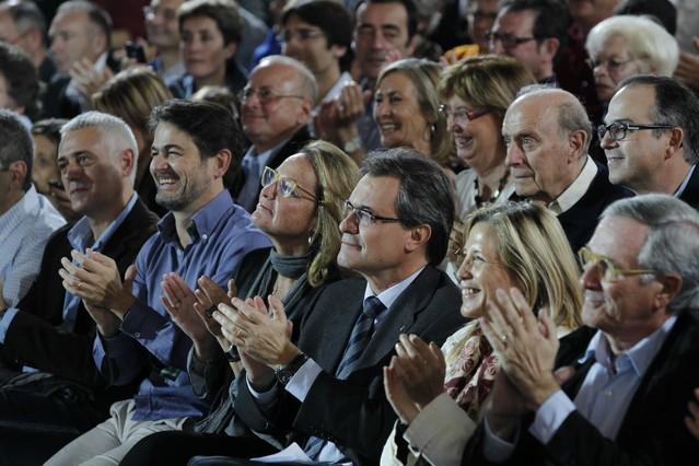"""Mas pide abiertamente a los catalanes que dejen atrás el miedo y le otorguen una """"mayoría excepcional"""" en las urnas"""