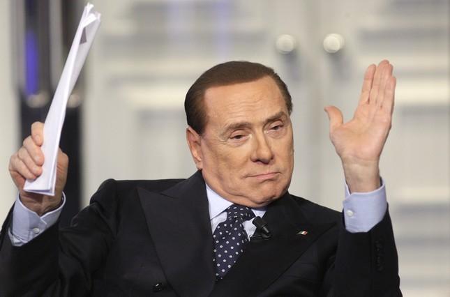 Berlusconi sube en las encuestas gracias al populismo
