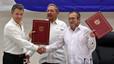 Santos y las FARC sellan en La Habana el cese al fuego y las hostilidades