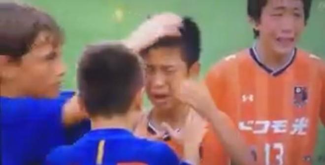 El Infantil B del Barça se ganó al mundo con este gesto.