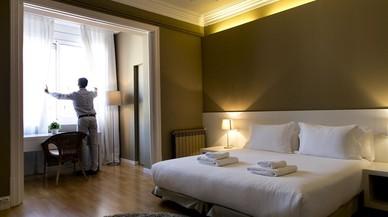 Catalunya permetrà el lloguer d'habitacions per dies, però només en pisos turístics registrats