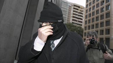 Joaquim Ben�tez, con pasamonta�as, en la Ciutat de la Just�cia de Barcelona, en febrero.