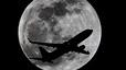 Dues persones reserven un bitllet per volar a la Lluna per 110 milions